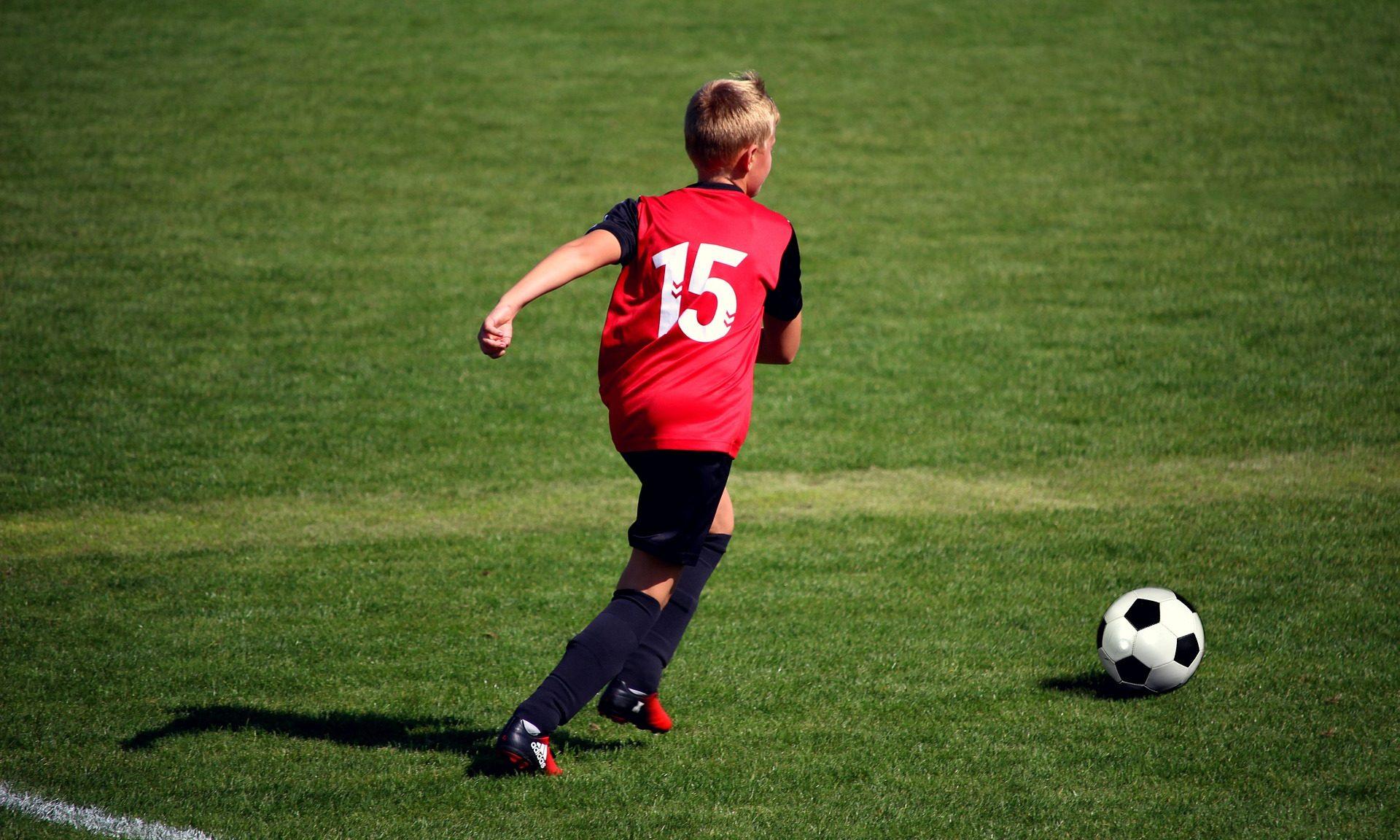 jalkapallo, lapsi, urheilu, harrastus